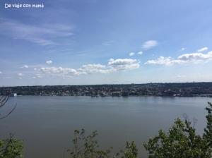 Hudson Valley. Vistas de Yonkers desde NJ.